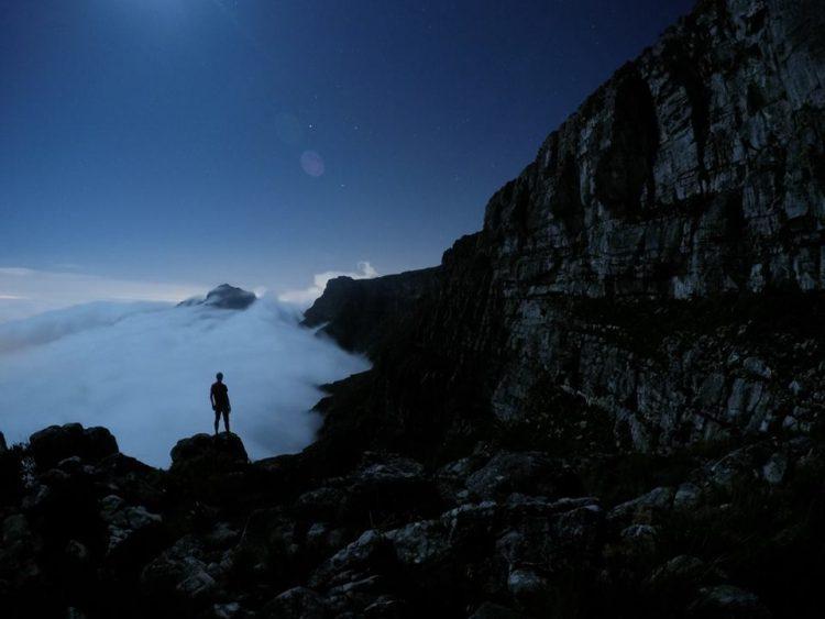 Hoch über den Wolken auf dem Tafelberg - Foto von Stefan Kruger aus Südafrika.