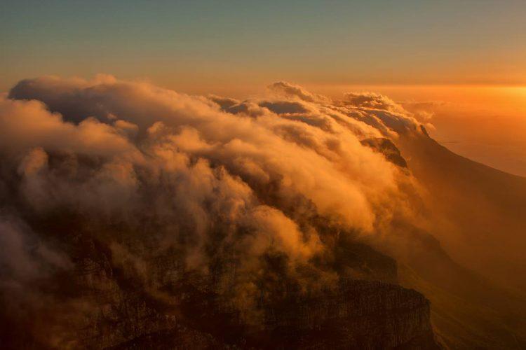 Wolkenmeer - Foto von Stu Bowie aus Südafrika.
