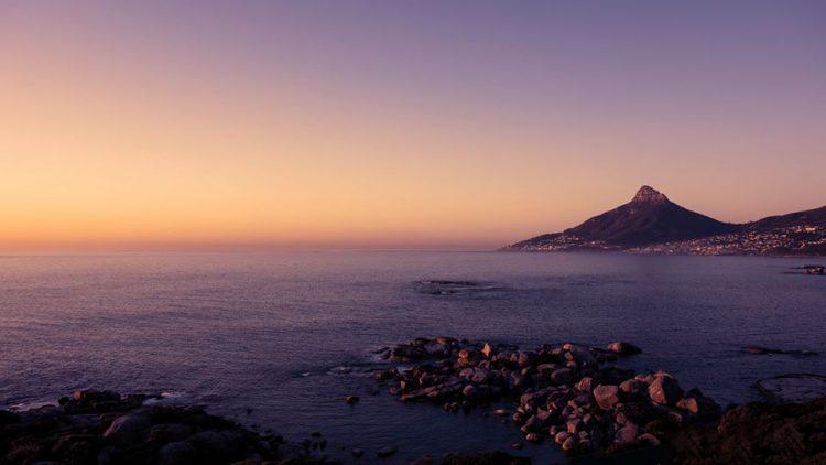 Lion's Head in der Abenddämmerung - Foto von Stephen aus Südafrika.